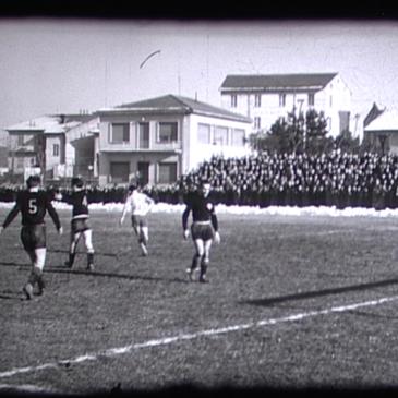 Campo di calcio 1952